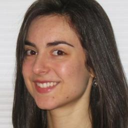 Christie Stratos headshot